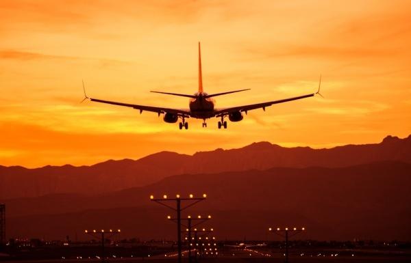 Beispielbild eines Flugzeugs für Alitalia Flugverspätung und Flugausfall